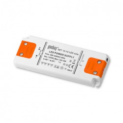 Alimentatore switching Led 12V DC 15W per strisce barre luci Led (0.5W-15W) incapsulato