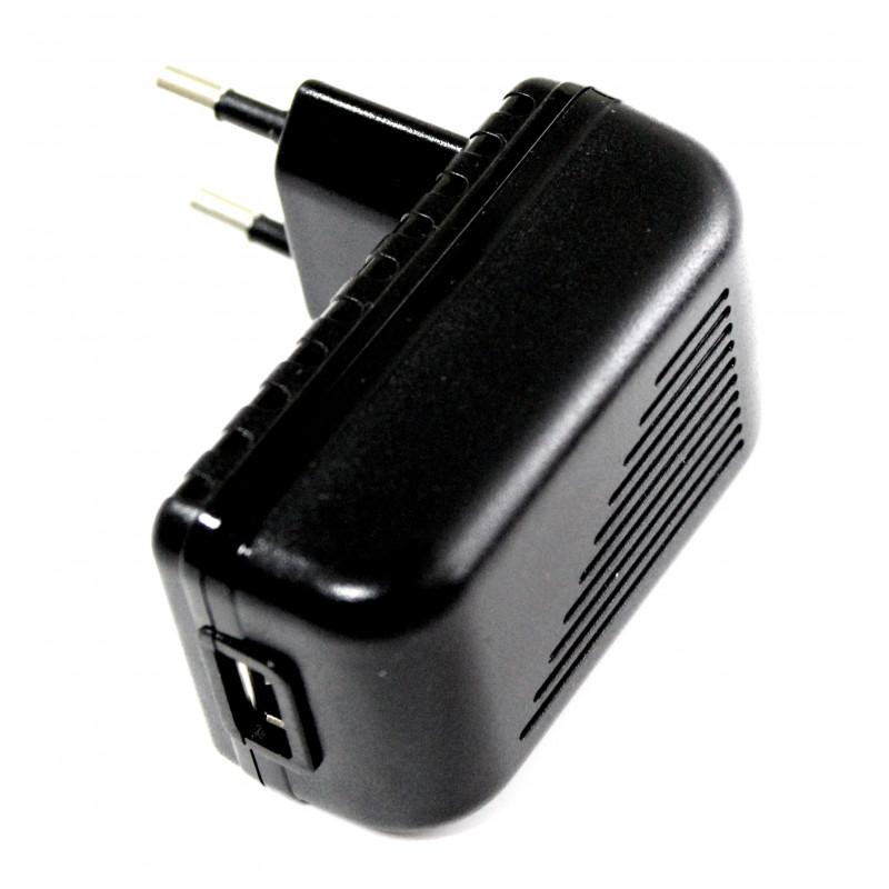 Alimentatore AC USB da muro 5V 1500mA con connettore femmina tipo A