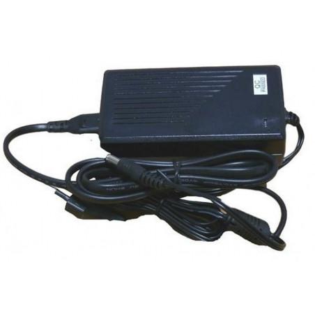 Alimentatore switching stabilizzato 12V DC 5A plug DC incapsulato