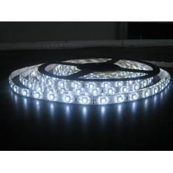 Rullo 5 metri striscia LED adesiva smd 5050 tri-chip IP65 bianco puro 12V DC